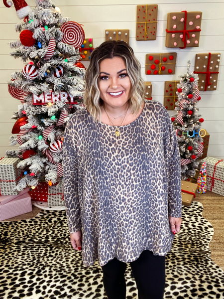 Reg/Plus Hear Me Roar Leopard Poncho Top