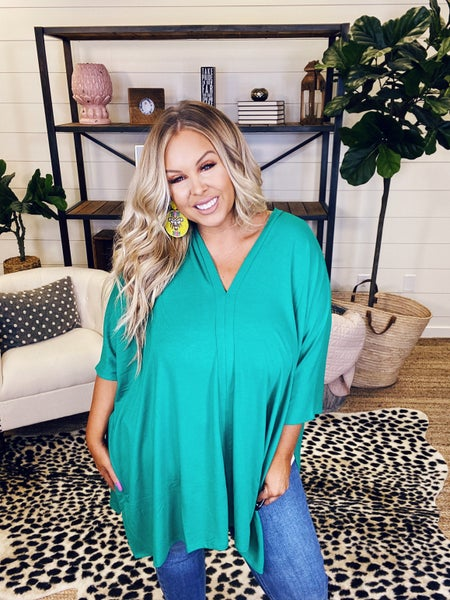 Spring Has Sprung Poncho Top - Kelly Green