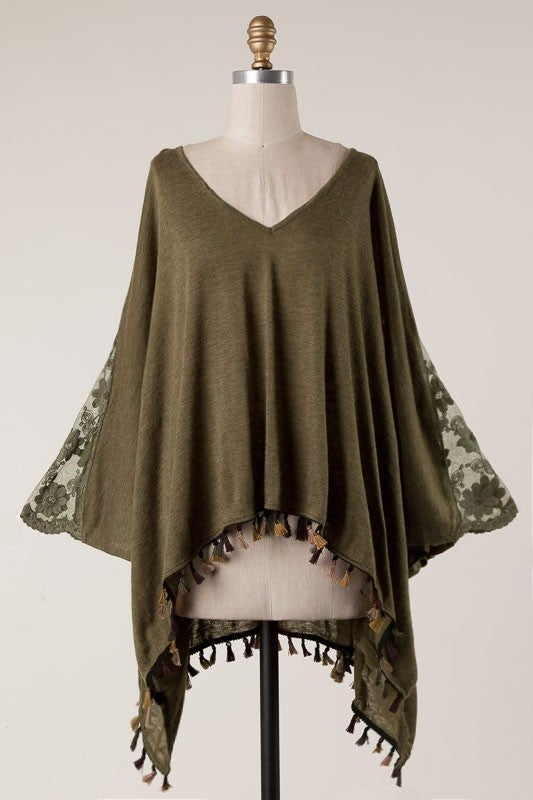 Pretty in Pictures Poncho