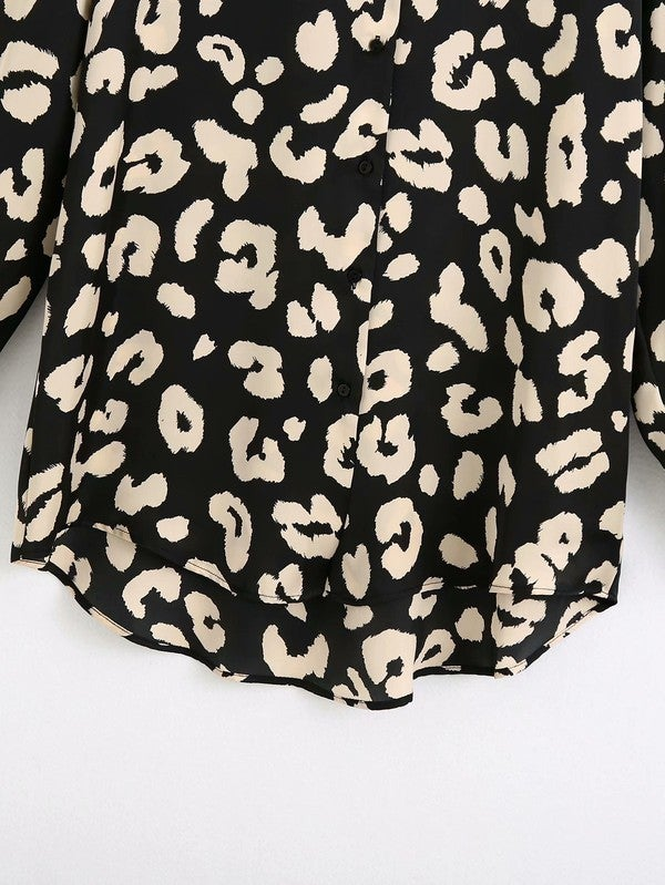 Alluring Leopards Long Sleeve Top