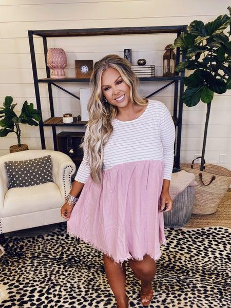 Feel The Breeze Dress - Blush