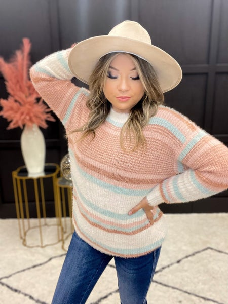 The Snuggle Up Color Contrast Sweater (S-XL)