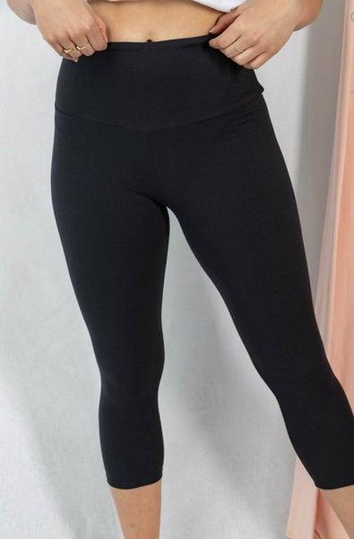 High Waisted Capri Leggings (Sizes S-3XL)