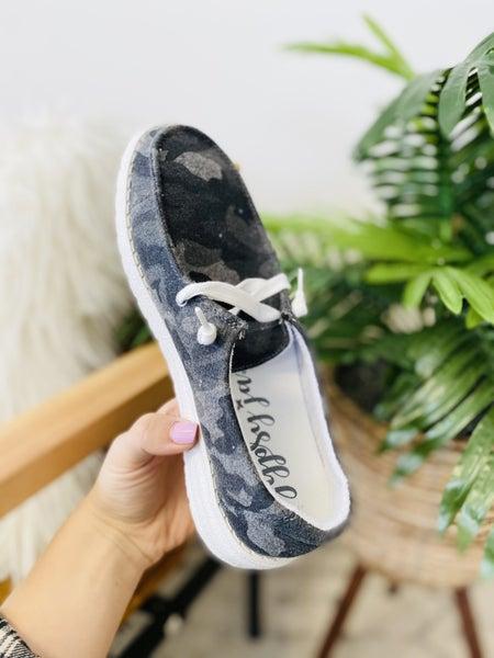 Very G Heather Camo Sneakers