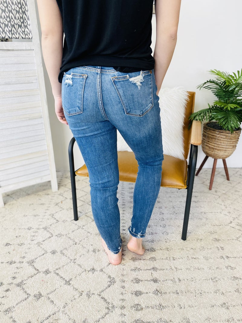 Judy Blue Crazy In Love Jeans