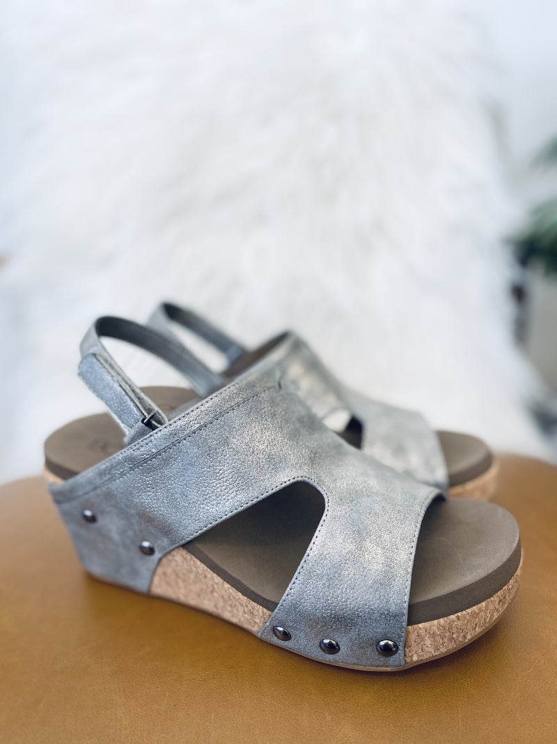 Corky Mario Pewter Wedge