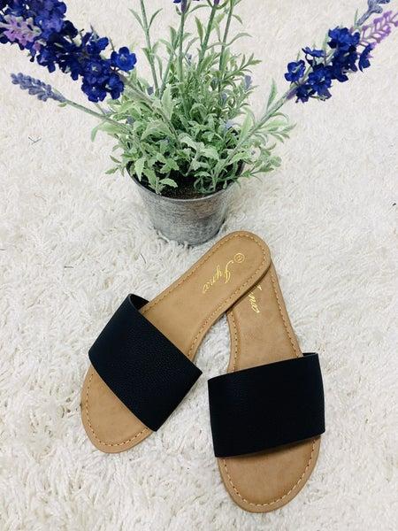 The Comfy Sandal ~ Black