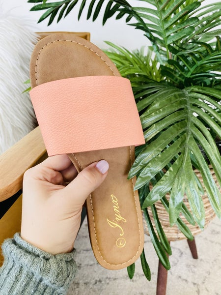 The Kylee Sandal ~ 5 Colors