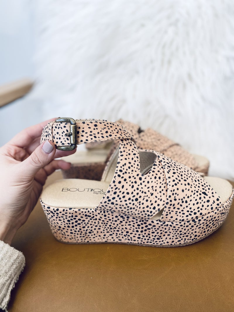 Corky Marseille- Brown Speckled Wedge
