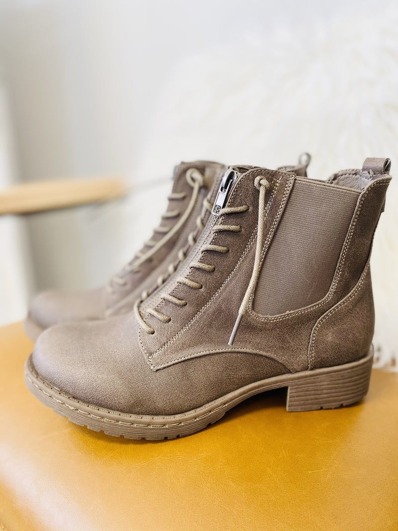 Very G Old Times Boots