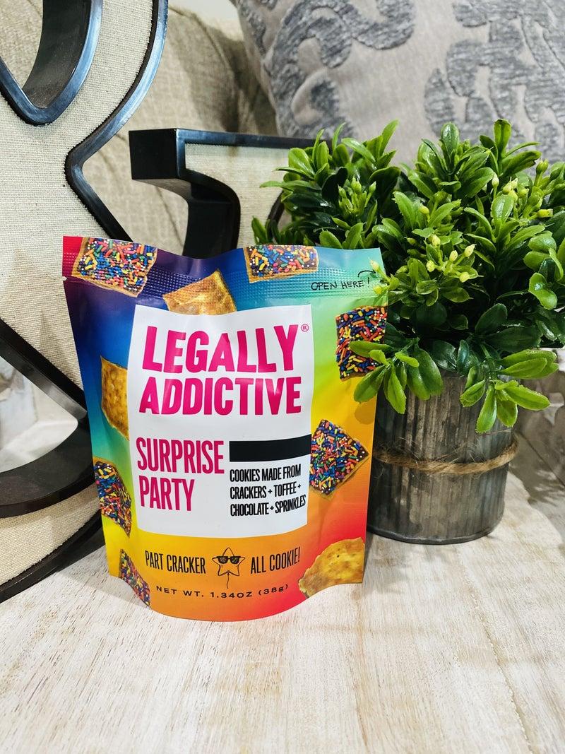 Legally Addictive Surprise Party Cracker Cookies Mini