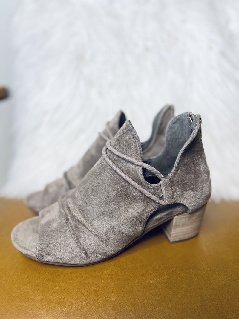 Gypsy Jazz Sillian Taupe Shoes
