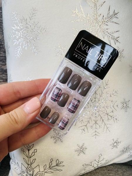 Mocha & Plum - Burgundy Plaid Press On Nails