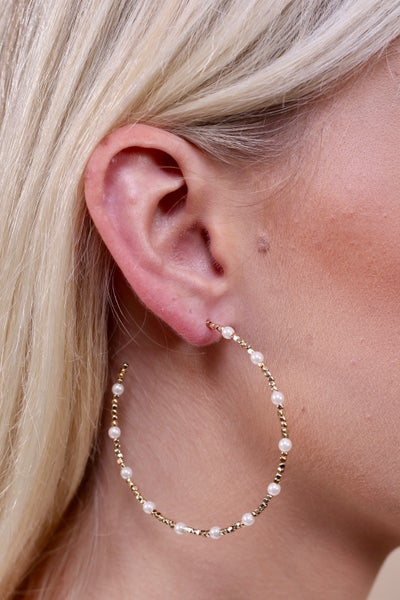 {CAROLINE HILL BEADED HOOPS}