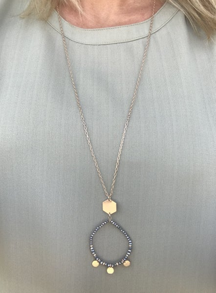 {MANY MOONS NECKLACE}