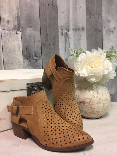 {THE STARS ALIGN BOOTIES - TAUPE}