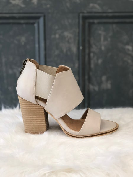 {THE CUTEST CHUNKY HEEL AROUND}