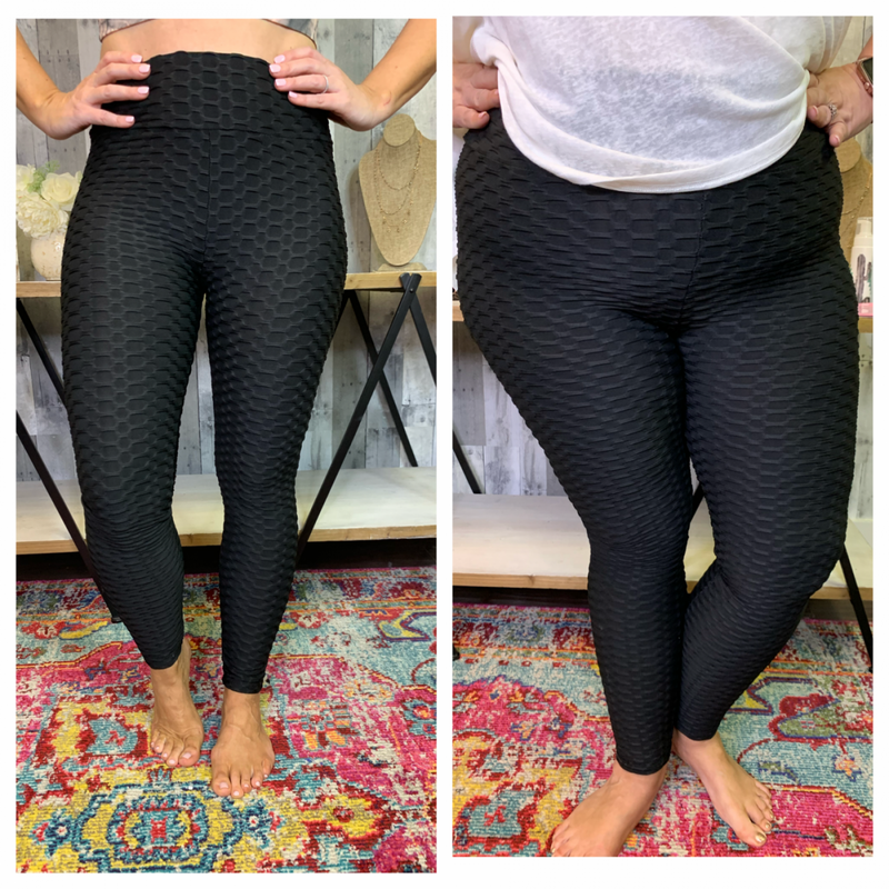 {TEXTURED ROUCHED LEGGINGS}