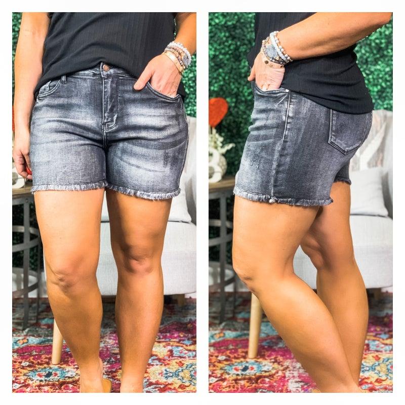 Judy Blue- Fray Hem Cut Off Shorts