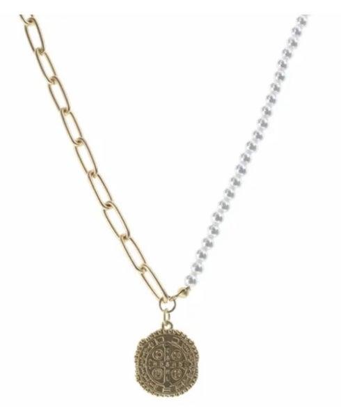 Medallian Necklace