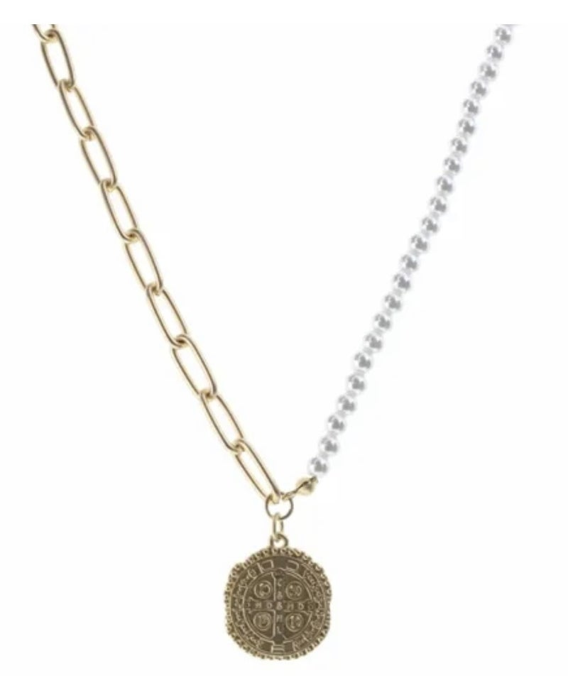 Medallian Necklace