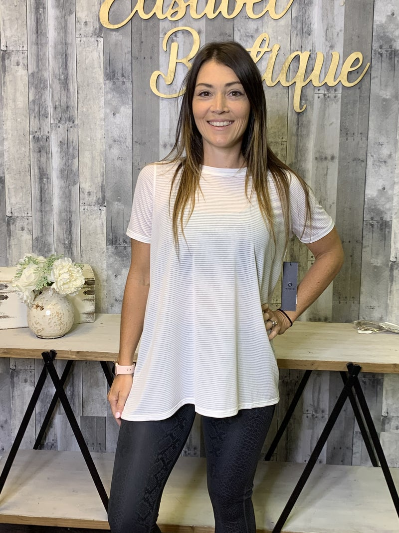 {WHITE MESH STRIPE ATHLEISURE TOP}