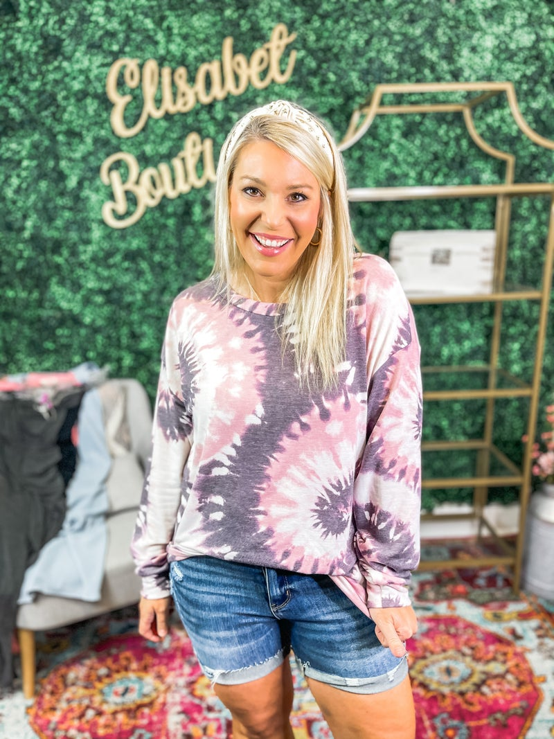 Plus and Reg- Fall In Love Top