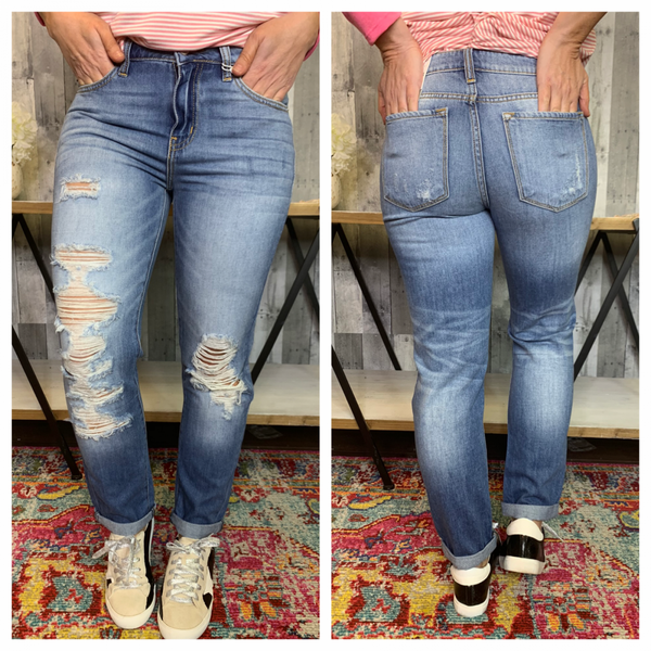 {KANCAN MID RISE RELAXED ANKLE JEANS}