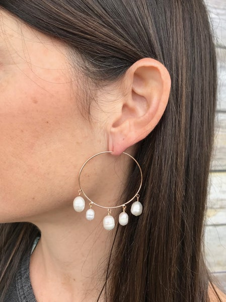{PERFECTLY PEARLS EARRINGS}