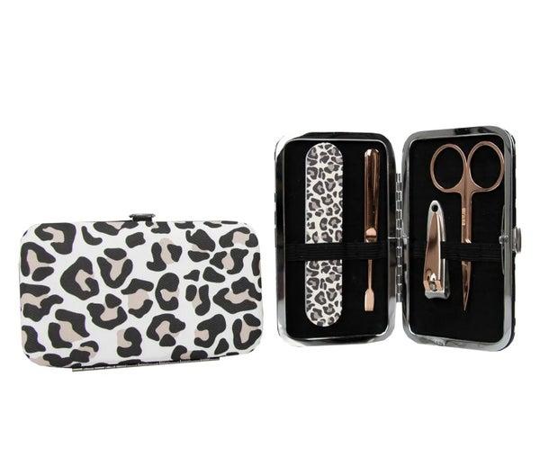 Leopard Manicure Purse