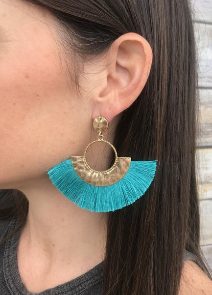"{""FAN""TASTIC EARRINGS}"