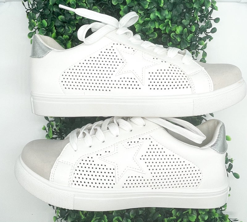 Fast Tennis Shoes