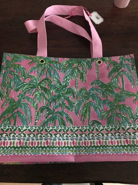 Lilly Carry all tote