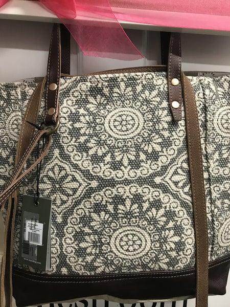 Myra Geometric tote bag