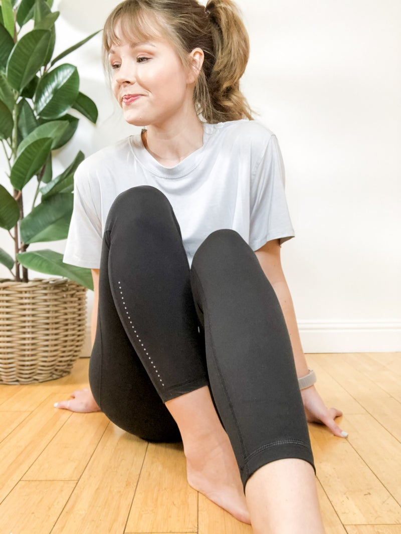 Black Leggings with pockets + detail