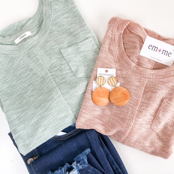 Simple Moments Top  -4 colors