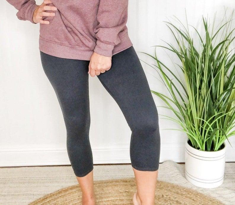 Basic Capri Leggings  +-4 colors