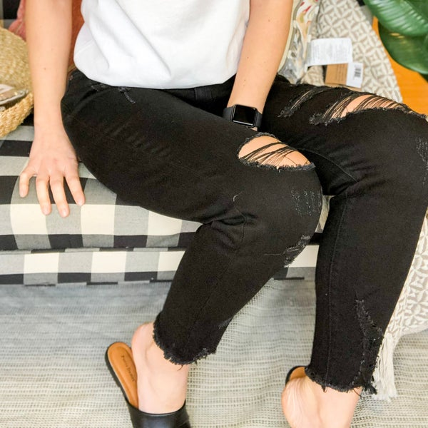 The Lexi Black Distressed Skinnies- KanCan