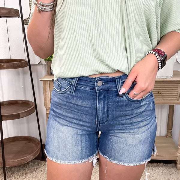 Judy Blue Side Slit Shorts-JB15228DK