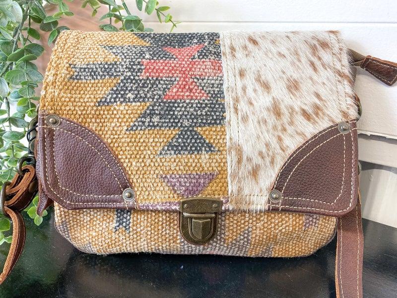 Myra Whicky-Whacky Messenger Bag