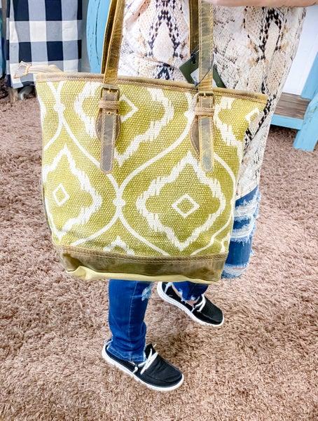 Myra Vivify Tote Bag