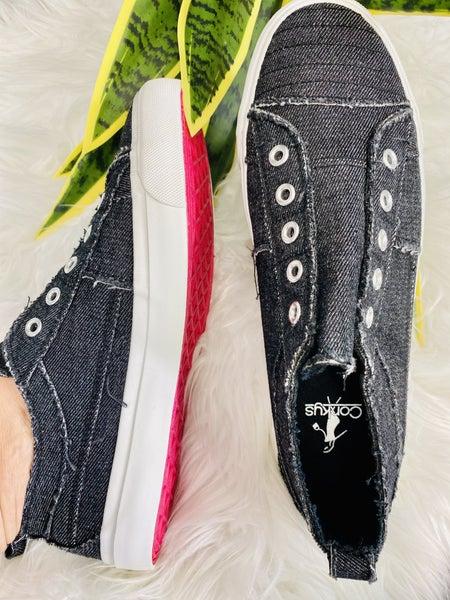 Corkys Babalu Black Sneaker