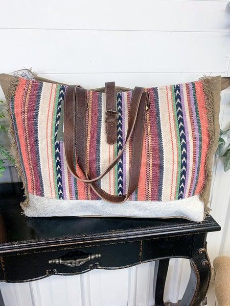 Myra Pastel Hues Weekender Bag