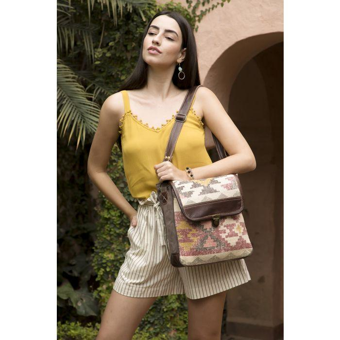 Myra Individualist Messenger Bag