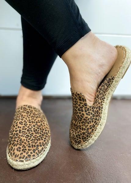 Corkys Taffy Mule - Small Leopard