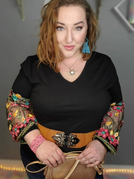 Curvy Floral Embroidered Mesh Sleeve Top *Final Sale*