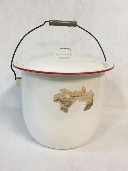 Vintage enamelware pot with lid, wooden handle