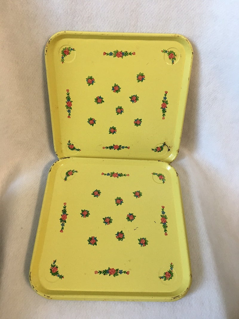Set of 5 vintage metal lunch trays