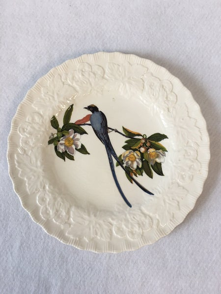 Collectible bird plates Fork Tailed Flycatcher