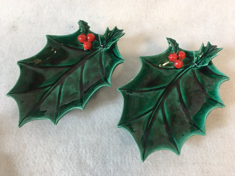 Pair of small holly leaf dishes